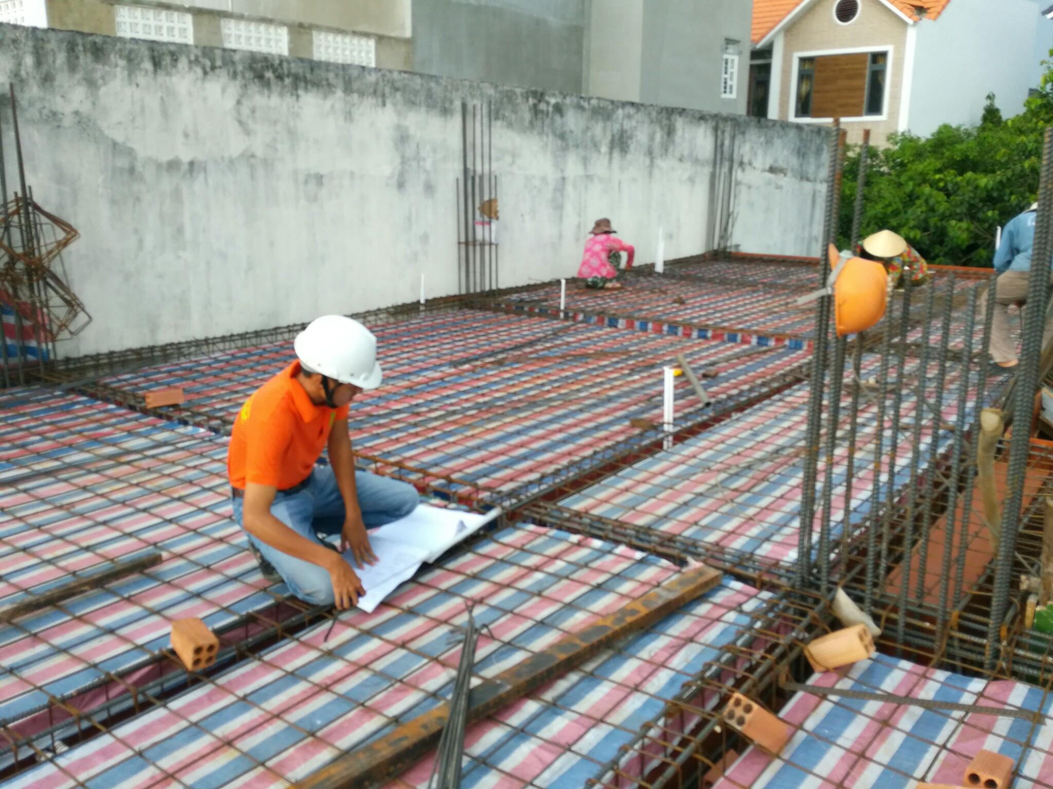 Hướng dẫn quy trình đổ bê tông cột, dầm, sàn